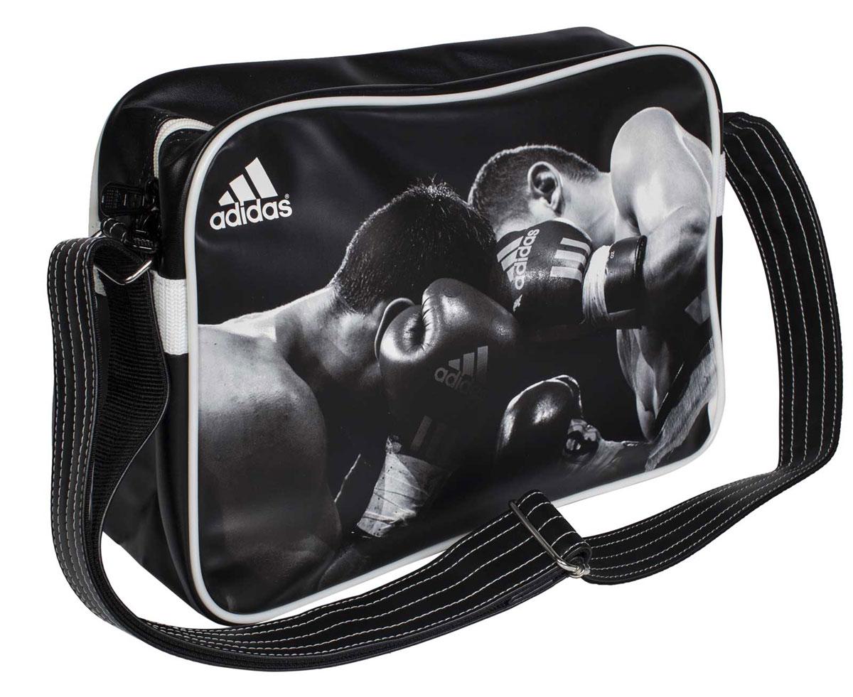 Сумка спортивная Adidas Sports Bag Boxing, цвет: черный, белый. Размер S2582-1белыеСпортивная сумка Adidas Sports Bag Boxing изготовлена из искусственной кожи. Лицевая сторона сумки оформлена оригинальным принтом. Она предназначена для переноски и хранения спортивного инвентаря и других нужных для занятия спортом предметов. Сумка состоит из 1 большого отделения. Имеет удобный плечевой ремень.