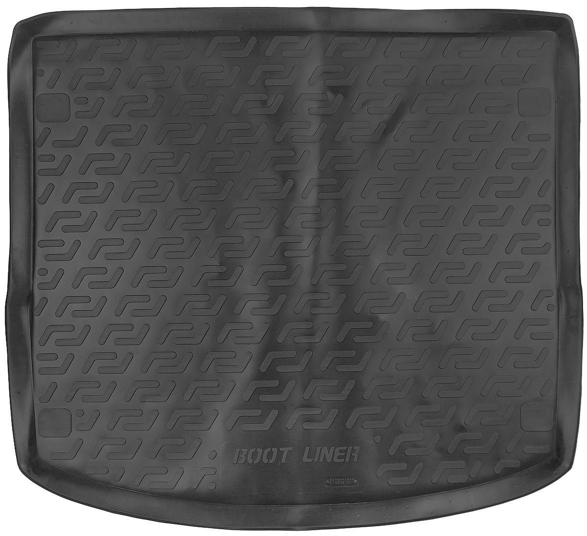Коврик в багажник L.Locker, для Ford Focus III Turnier (11-)80621Коврик L.Locker производится индивидуально для каждой модели автомобиля из современного и экологически чистого материала. Изделие точно повторяет геометрию пола автомобиля, имеет высокий борт, обладает повышенной износоустойчивостью, антискользящими свойствами, лишен резкого запаха и сохраняет свои потребительские свойства в широком диапазоне температур (от -50°С до +80°С).