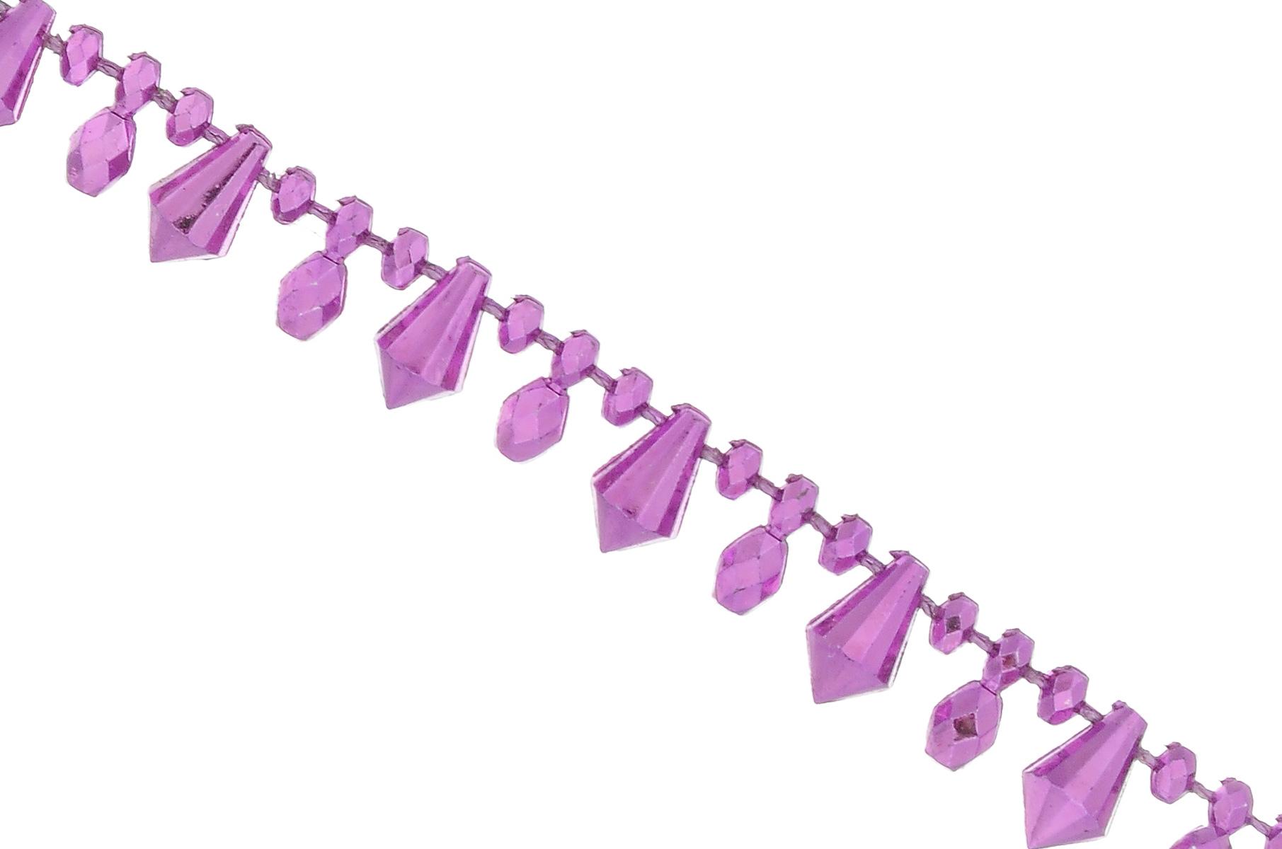 Новогодняя гирлянда Lunten Ranta Новогодний мотив, цвет: фиолетовый, длина 2 м68014Новогодняя гирлянда Lunten Ranta Новогодний мотив отлично подойдет для декорации вашего дома и новогодней ели. Изделие, выполненное из пластика, представляет собой гирлянду на текстильной нити, на которой нанизаны бусины разных форм и размеров. Новогодние украшения несут в себе волшебство и красоту праздника. Они помогут вам украсить дом к предстоящим праздникам и оживить интерьер по вашему вкусу. Создайте в доме атмосферу тепла, веселья и радости, украшая его всей семьей. Средний размер бусин: 1 см х 0,5 см х 0,4 см.