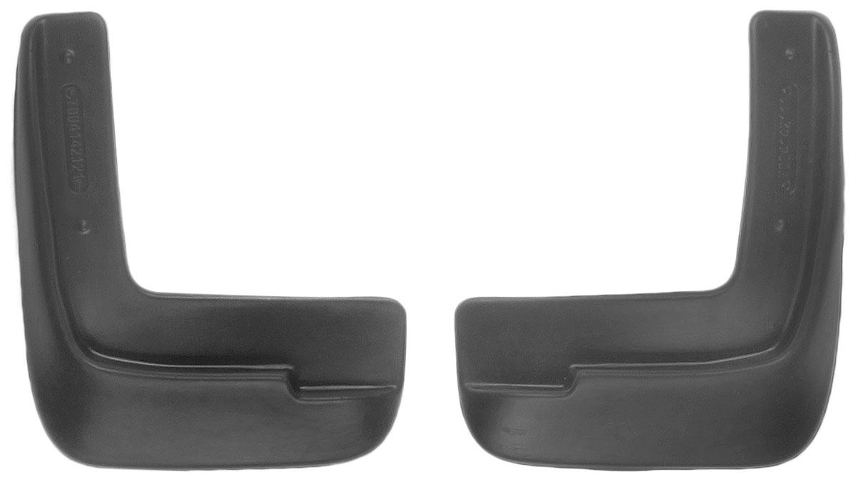 Комплект передних брызговиков L.Locker, для Hyundai Solaris (10-), 2 шт1004900000360Комплект L.Locker состоит из 2 передних брызговиков, изготовленных из высококачественного полиуретана. Уникальный состав брызговиков допускает их эксплуатацию в широком диапазоне температур: от -50°С до +50°С. Изделия эффективно защищают кузов автомобиля от грязи и воды, формируют аэродинамический поток воздуха, создаваемый при движении вокруг кузова таким образом, чтобы максимально уменьшить образование грязевой измороси, оседающей на автомобиле. Разработаны индивидуально для каждой модели автомобиля. С эстетической точки зрения брызговики являются завершением колесных арок.Установка брызговиков достаточно быстрая. В комплект входят необходимые крепежи и инструкция на русском языке. Комплект подходит для моделей с 2010 года выпуска.Комплектация: 2 шт.Размер брызговика: 21 см х 24 см х 3 см.