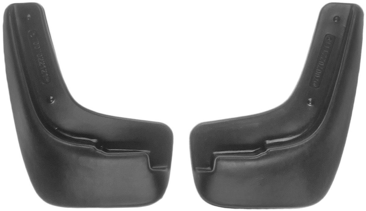 Комплект передних брызговиков L.Locker Chevrolet Lacetti 2004, 2 штDW90Комплект L.Locker Chevrolet Lacetti 2004 состоит из 2 передних брызговиков, изготовленных из высококачественного полиуретана. Уникальный состав брызговиков допускает их эксплуатацию в широком диапазоне температур: от -50°С до +50°С. Изделия эффективно защищают кузов автомобиля от грязи и воды, формируют аэродинамический поток воздуха, создаваемый при движении вокруг кузова таким образом, чтобы максимально уменьшить образование грязевой измороси, оседающей на автомобиле.Разработаны индивидуально для каждой модели автомобиля. С эстетической точки зрения брызговики являются завершением колесных арок.Установка брызговиков достаточно быстрая. В комплект входят необходимые крепежи и инструкция на русском языке. Комплектация: 2 шт.Размер брызговика: 22 см х 16 см х 3 см.