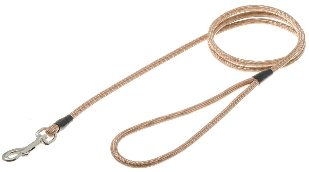Поводок для собак V.I.Pet, цвет: кэмел, диаметр 6 мм, длина 130 см0120710Поводок с карабином V.I.Pet, изготовленный из нейлона, предназначен для выставок и повседневного выгула. Материал поводка отличается повышенной прочностью, мало подвержен механическому воздействию, поэтому надолго сохранит аккуратный внешний вид и насыщенность цвета. Вращающийся вертлюг карабина предотвращает перекручивание поводка.