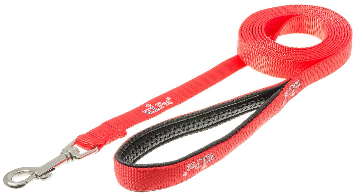 Поводок для собак V.I.Pet, цвет: красный, ширина 20 мм, длина 3 м0120710Поводок V.I.Pet с мягкой ручкой из гипоаллергенного материала смягчает рывки и делает комфортным выгул собаки. Материал поводка отличается повышенной прочностью, мало подвержен механическому воздействию, поэтому надолго сохранит аккуратный внешний вид и насыщенность цвета. Вращающийся вертлюг карабина предотвращает перекручивание поводка.