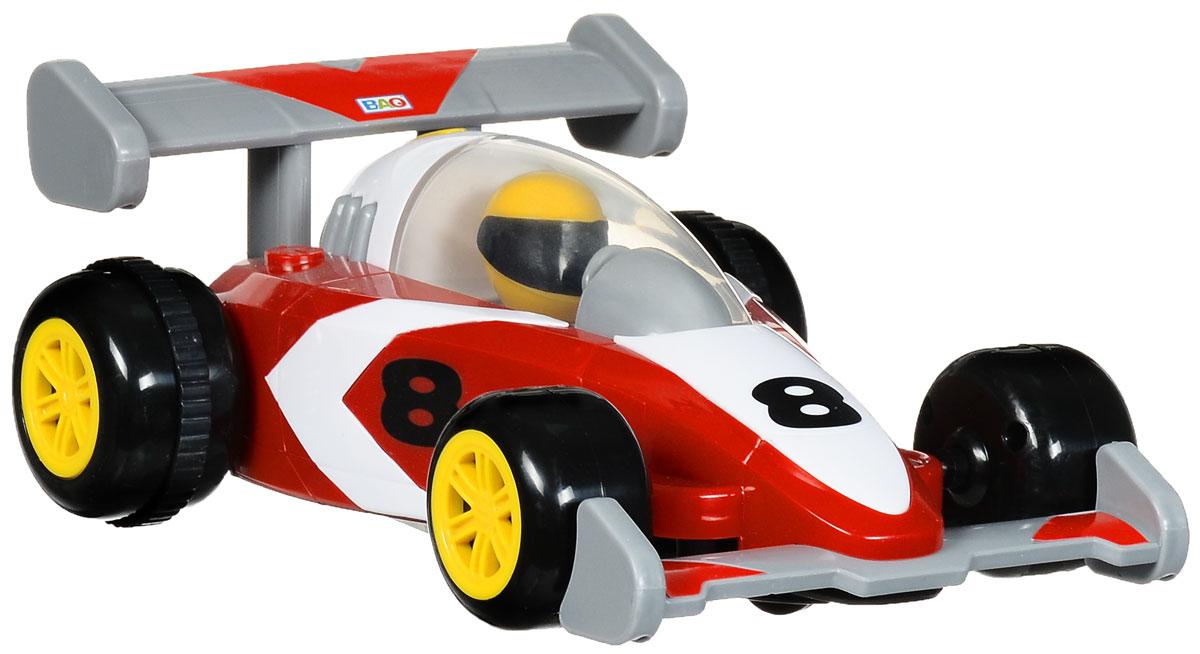"""Радиоуправляемая модель Smoby """"RC Speeder"""", выполненная в виде гоночного болида, позволит ребенку весело провести время. Машинка может перемещаться вперед и назад. Благодаря звуковым эффектам игра становится увлекательней и реалистичней. Пульт управления с большими кнопками специально приспособлен для детских ручек. Длина машинки - 22 см."""