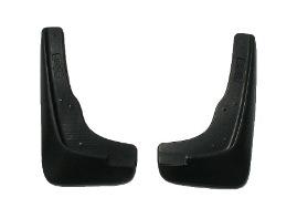 Комплект брызговиков передних L.Locker, для Suzuki Kizashi (09-), 2 шт7011012161Брызговики L.Locker изготовлены из высококачественного полимера. Уникальный состав брызговиков допускает их эксплуатацию в широком диапазоне температур: от -50°С до +80°С. Эффективно защищают кузов автомобиля от грязи и воды - формируют аэродинамический поток воздуха, создаваемый при движении вокруг кузова таким образом, чтобы максимально уменьшить образование грязевой измороси, оседающей на автомобиле. Разработаны индивидуально для каждой модели автомобиля, с эстетической точки зрения брызговики являются завершением колесной арки.