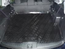 Коврик в багажник L.Locker, для Honda Pilot 5-местная (08-)ABS-14,4 Sli BMCКоврик L.Locker производится индивидуально для каждой модели автомобиля из современного и экологически чистого материала. Изделие точно повторяют геометрию пола автомобиля, имеет высокий борт, обладает повышенной износоустойчивостью, антискользящими свойствами, лишен резкого запаха и сохраняет свои потребительские свойства в широком диапазоне температур (от -50°С до +80°С).