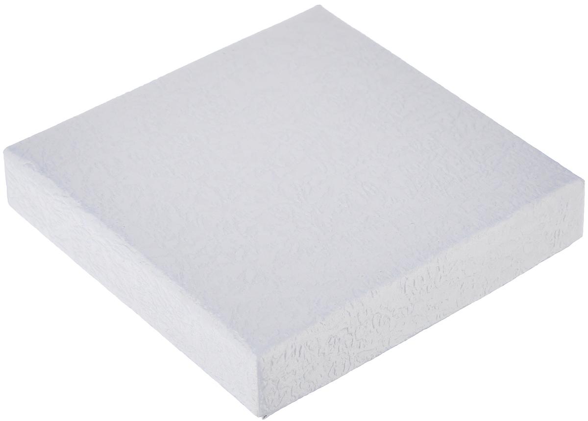 Подарочная коробка Серебряный-XS, 9 см х 9 см х 2 см. 3628197775318Подарочная коробка Серебряный-XS выполнена из мелованного, негофрированного картона. Подарочная коробка - это наилучшее решение, если вы хотите порадовать ваших близких и создать праздничное настроение, ведь подарок, преподнесенный в оригинальной упаковке, всегда будет самым эффектным и запоминающимся. Окружите близких людей вниманием и заботой, вручив презент в нарядном, праздничном оформлении.
