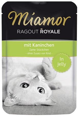 Консервы для кошек Миамор Королевское Рагу кролик в желе, 100 г0120710Миамор королевское рагу - это нежные кусочки, приготовленные в изысканном желе. Производятся по особой щадящей технологии для сохранения витаминов с высокой долей мяса домашних животных. Миамор - это полноценный повседневный корм для кошек и котов, который очень легко усваивается. Не содержит сои, красителей и ароматизаторов, за то содержит множество полезных веществ, например магний, который необходим для здоровья кошек. Условия хранения: комнатная температура в закрытом виде, после вскрытия до 2 дней в холодильнике.Особенности: Натуральные компоненты; Без сои, красителей, ароматизаторов, костной муки; Без консервантов Состав: Кролик;Птица;Витамины