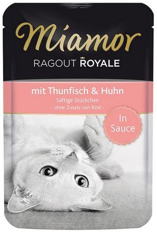 Консервы для кошек Миамор Королевское Рагу тунец и курица в соусе, 100 г24394Миамор королевское рагу - это нежные кусочки, приготовленные в деликатесном соусе. Производятся по особой щадящей технологии для сохранения витаминов с высокой долей мяса домашних животных. Миамор - это полноценный повседневный корм для кошек и котов, который очень легко усваивается. Не содержит сои, красителей и ароматизаторов, за то содержит множество полезных веществ, например магний, который необходим для здоровья кошек. Условия хранения: комнатная температура в закрытом виде, после вскрытия до 2 дней в холодильнике.Особенности: Натуральные компоненты; Без сои, красителей, ароматизаторов, костной муки; Без консервантов Состав: Тунец;Курица;Таурин