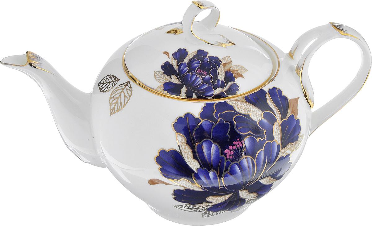 Чайник заварочный Lillo Синий пион, 1 лVT-1520(SR)Заварочный чайник Lillo Синий пион изготовлен из высококачественного фарфора. Чайник украшен изображением синего пиона и золотистой эмалью. Изделие имеет изысканную форму и потрясающий утонченный дизайн. Идеально подойдет для домашнего праздничного чаепития. Диаметр (по верхнему краю): 10 см. Диаметр основания: 7 см. Высота чайника (без учета крышки): 10,5 см.