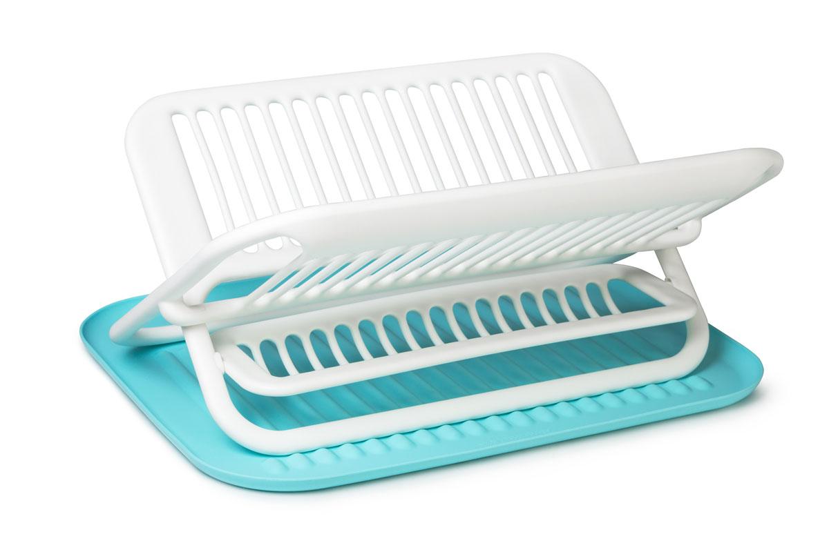 Сушилка для посуды SiliconeZone, цвет: белый, голубой, 47,5 х 35,5 х 22 смSZ11-KS-11648-AAСтильная и функциональная сушилка для посуды изготовлена из пищевого пластика и силикона. Столовые приборы могут быть помещены в специальную нишу. Силиконовый коврик предназначен для стекающей воды с посуды. При необходимости сушилку легко сложить. Размер сушилки: 35,5 х 46,9 х 22 см.Размер коврика: 47,5 х 35,5 х 1,7 см