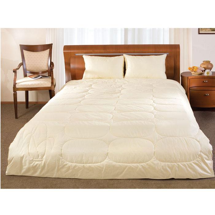 ОдеялоPrimavelle Mais(кукурузное волокно), 140 х 205 смNap200 (40)Одеяло Mais с инновационным высокотехнологичным наполнителем из кукурузного волокна. Натуральный и гипоаллергенный материал, обладает отличной термоизоляцией и гигроскопичностью.Кукурузное волокно имеет уникальные свойства: устойчивость к загрязнениям, упругость, мягкость и комфорт, превосходная износостойкость.Одеяло Mais подарит вам и вашим близким спокойный, комфортный сон. Характеристики:Материал чехла: 100% хлопок. Наполнитель: кукурузное волокно. Размер одеяла: 140 см х 205 см. Производитель: Россия.Степень теплоты: 2.ТМ Primavelle - качественный домашний текстиль для дома европейского уровня, завоевавший любовь и признательность покупателей. ТМ Primavelleрада предложить вам широкий ассортимент, в котором представлены: подушки, одеяла, пледы, полотенца, покрывала, комплекты постельного белья. ТМ Primavelle- искусство создавать уют. Уют для дома. Уют для души.
