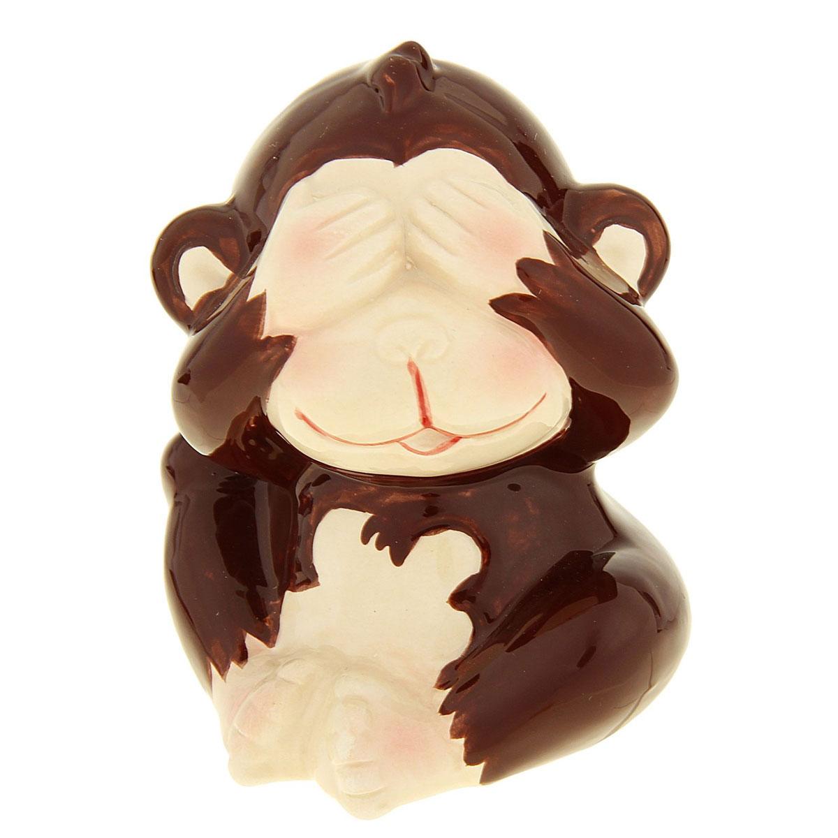 Сувенир Sima-land Обезьянка игривая, высота 8,5 смБрелок для ключейСувенир Sima-land Обезьянка игривая выполнен из высококачественной керамики в виде забавной обезьянки, закрывающей лапками глаза. Такой сувенир станет отличным подарком родным или друзьям на Новый год, а также он украсит интерьер вашего дома или офиса.