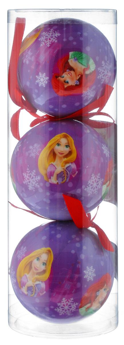 Набор новогодних подвесных украшений Disney Принцессы, цвет: фиолетовый, диаметр 7,5 см, 3 штK100Набор новогодних подвесных украшений Disney Принцессы прекрасно подойдет для праздничного декора ели. Набор состоит из 3 украшений в виде шаров, изготовленных из пенопласта и украшенных ярким рисунком. Для удобного размещения на елке для каждого украшения предусмотрена петелька. Елочная игрушка - символ Нового года. Она несет в себе волшебство и красоту праздника. Создайте в своем доме атмосферу веселья и радости, украшая новогоднюю елку нарядными игрушками, которые будут из года в год накапливать теплоту воспоминаний. Откройте для себя удивительный мир сказок и грез. Почувствуйте волшебные минуты ожидания праздника, создайте новогоднее настроение вашим дорогим и близким.