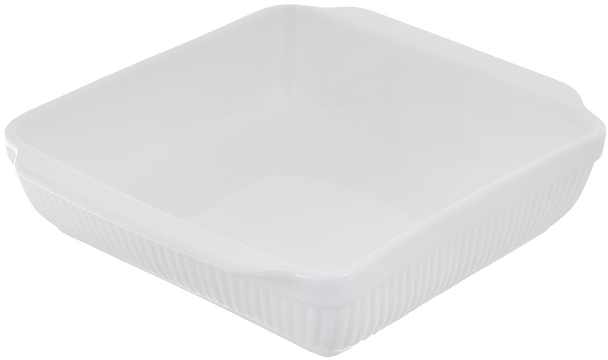 Блюдо для запекания BergHOFF Bianco, прямоугольное, цвет: белый, 30 см х 24 смFS-91909Блюдо для выпечки BergHOFF Bianco изготовлено из фарфора, что обеспечивает оптимальное распределение тепла. Оно может быть использовано, как для запекания различных блюд, так и для их подачи на стол.Блюдо станет отличным дополнением к вашему кухонному инвентарю, а также украсит сервировку стола и подчеркнет ваш прекрасный вкус.Подходит для использования в СВЧ и духовом шкафу. Можно мыть в посудомоечной машине. Размер по верхнему краю (без учета ручек): 25 см х 24 см. Размер по верхнему краю (с учетом ручек): 30 см х 24 см. Высота стенки: 7 см.