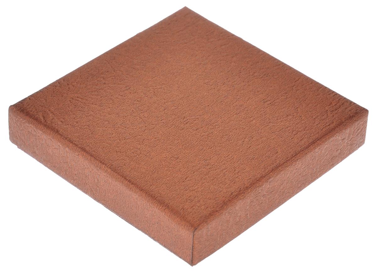Подарочная коробка Феникс-презент, цвет: бронзовый, 9 х 9 х 2 см55052Подарочная коробка Феникс-презент выполнена из мелованного, негофрированного картона. Коробка вместительная, закрывается крышкой.Подарочная коробка - это наилучшее решение, если вы хотите порадовать ваших близких и создать праздничное настроение, ведь подарок, преподнесенный в оригинальной упаковке, всегда будет самым эффектным и запоминающимся. Окружите близких людей вниманием и заботой, вручив презент в нарядном, праздничном оформлении.