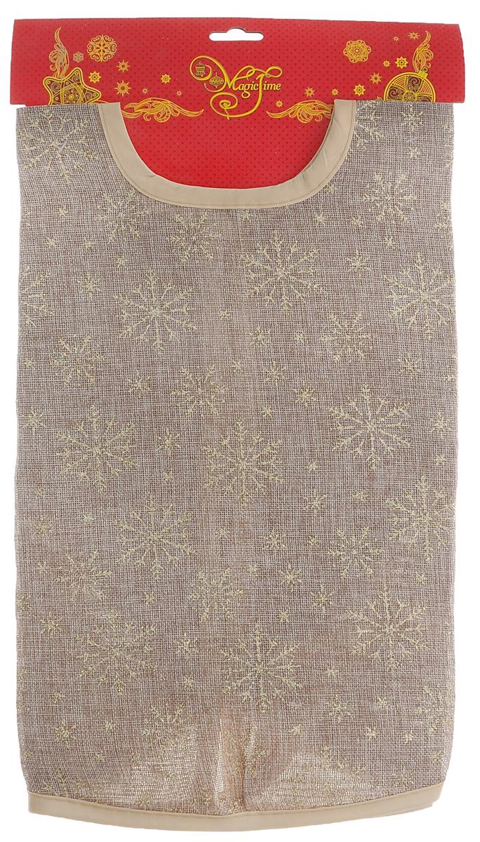 Новогоднее декоративное украшение для ели Феникс-презент Золотые снежинки, диаметр 90 см706598_зеленыйНовогоднее декоративное украшение для ели Феникс-презент Золотые снежинки выполнено из плотного полиэстера. Изделие представляет собой юбку бежевого цвета, оформленную снежинками из золотистых блесток и желтым атласным кантом. Украшение предназначено для декорирования праздничной ели. Также с помощью данной юбки вы сможете изящно задрапировать основание ели. Удобные завязочки позволят быстро и комфортно украсить вашу ель.Новогодние украшения приносят в дом волшебство и ощущение праздника. Создайте в своем доме атмосферу веселья и радости с таким оригинальным новогодним украшением.Серия новогодних украшений Magic Time принесет в ваш дом ни с чем не сравнимое ощущение праздника.