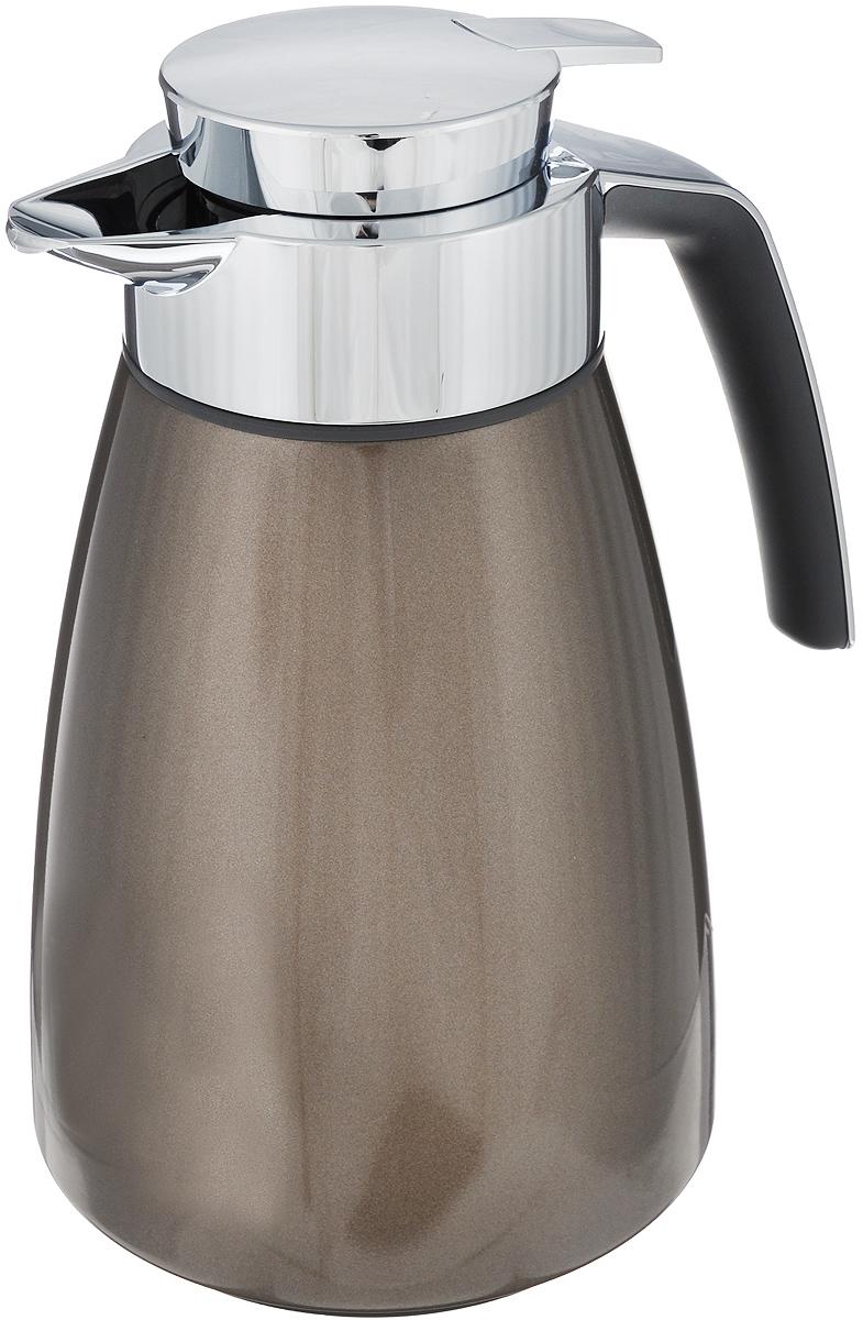 Термос-кофейник Emsa Bell, цвет: коричневый металлик, 1 л513812Удобный термос-кофейник Emsa Bell подойдет к любому интерьеру. Корпус кувшина выполнен из высококачественного пластика, а вакуумная колба - из стекла. Изделие оснащено удобной ручкой с противоскользящим покрытием Soft Touch и пробкой Quick Tip, благодаря которой разлить напиток вы сможете одной рукой без каких-либо затруднений, а удобный носик поможет не пролить ни единой капли мимо. Пробка разбирается и превосходно моется. Термос-кофейник способен сохранять напитки горячими и ароматными на протяжении 12 часов!Диаметр горлышка: 7,5 см.Диаметр дна: 15 см.Высота термоса: 25 см.