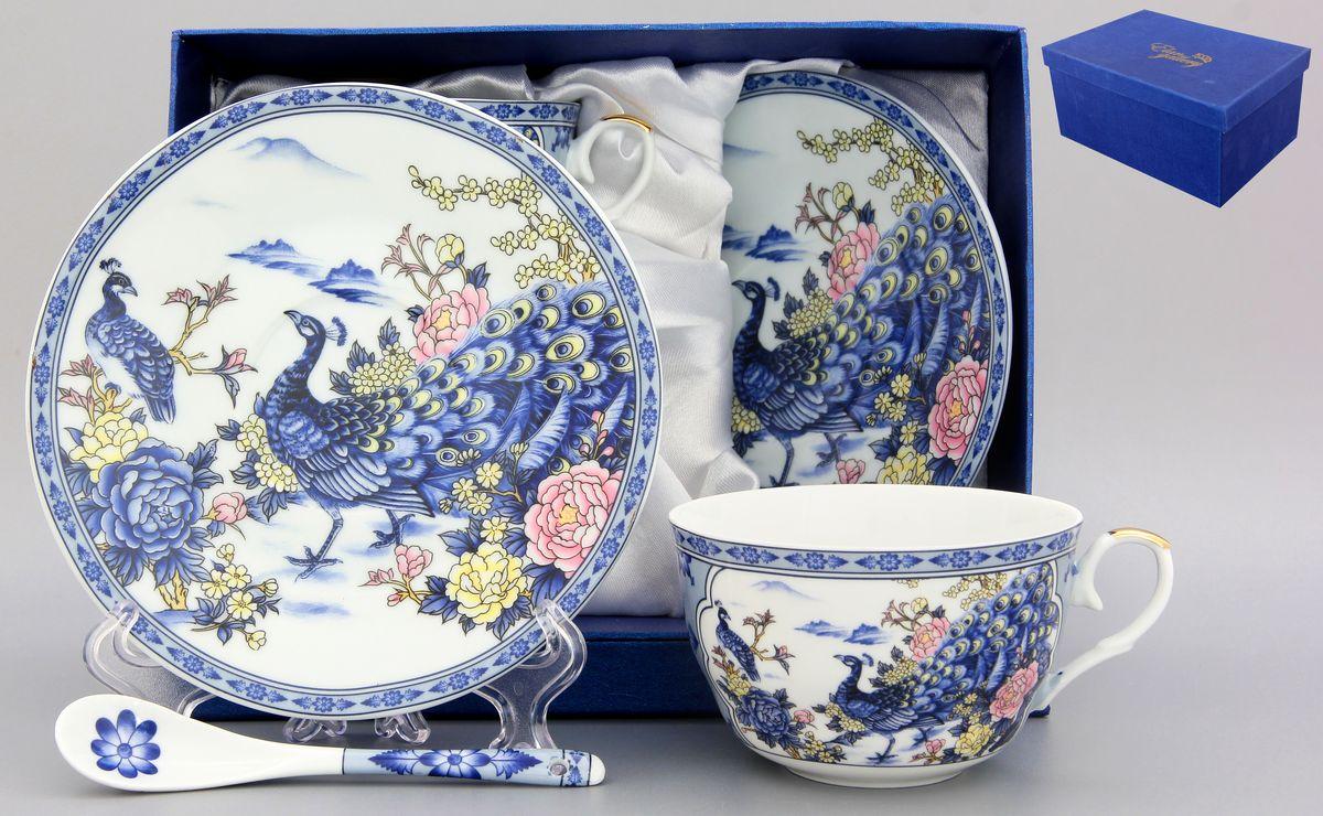Набор чайный Elan Gallery Павлин, 6 предметов115510Чайный набор Elan Gallery Павлин состоит из двух чашек, двух блюдец и двух ложек, выполненных из высококачественной керамики. Изделия декорированы красивым цветочным рисунком и изображением павлинов. Элегантная чайная пара на 2 персоны в нежных тонах станет памятным подарком. Объем чашки: 250 мл. Диаметр чашки (по верхнему краю): 9,5 см. Высота чашки: 6,2 см. Диаметр блюдца (по верхнему краю): 15,2 см. Высота блюдца: 1,8 см.Общая длина ложки: 12,5 см.Размер рабочей поверхности ложки: 4,5 см х 2,5 см.