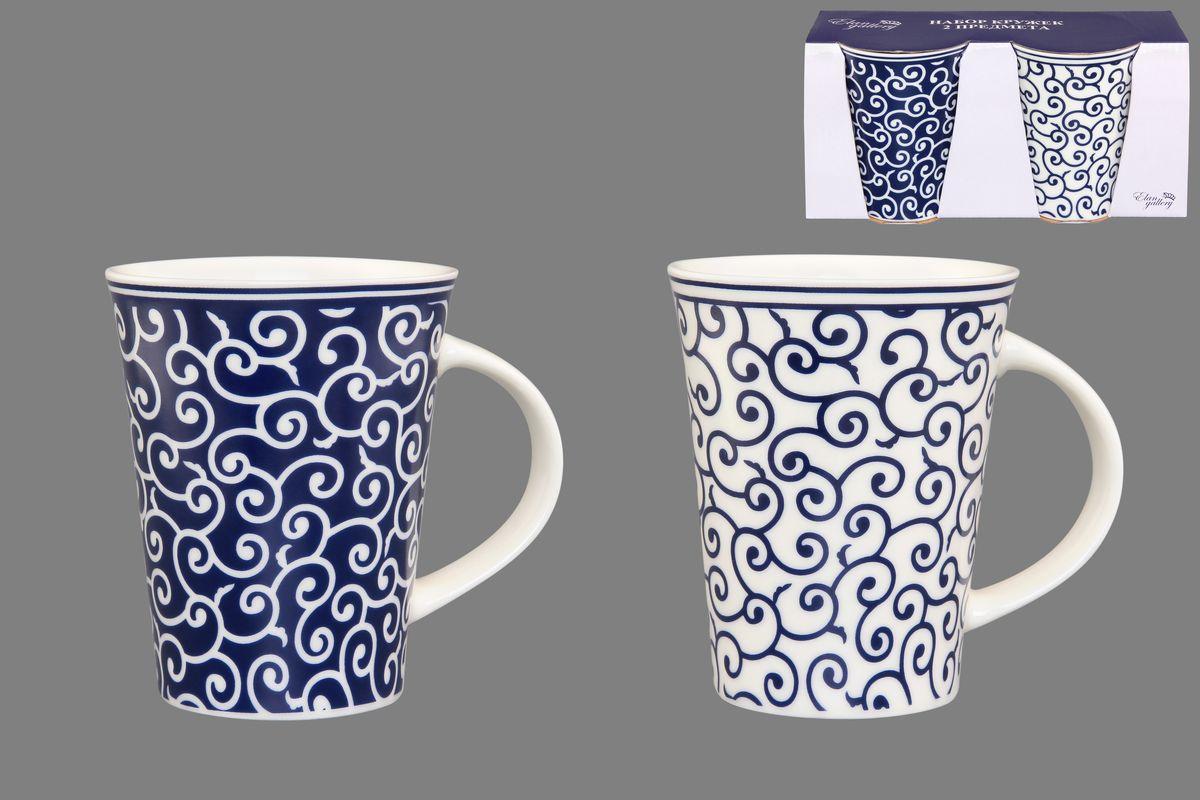 Набор кружек Elan Gallery Арабески, цвет: белый, синий, 320 мл, 2 шт54 009312Набор Elan Gallery Арабески состоит из двух кружек, выполненных из керамики.Этот необычный набор станет великолепным подарком для каждого и, несомненно, вызовет восхищение. Объем кружек: 320 мл. Диаметр кружек (по верхнему краю): 8,5 см. Высота кружек: 11 см.Не рекомендуется применять абразивные моющие средства. Не использовать в микроволновой печи.