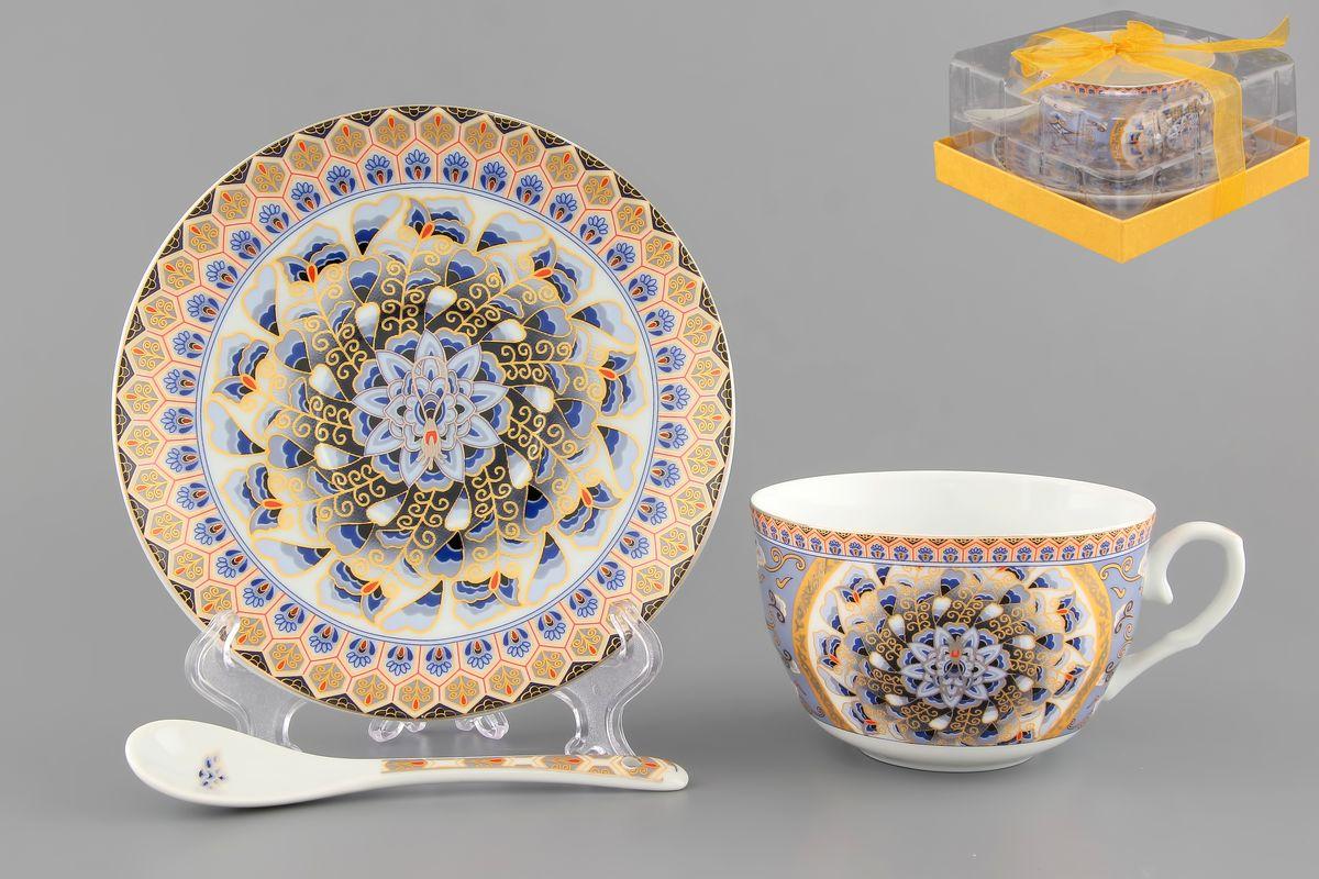 Чайная пара Elan Gallery Калейдоскоп, 250 мл, 3 предметаVT-1520(SR)Чайная пара Elan Gallery Калейдоскоп состоит из чашки, блюдца и ложечки,изготовленных из высококачественной керамики. Предметы набора оформлены изящным узором. Чайная пара Elan Gallery Калейдоскоп украсит ваш кухонный стол, а такжестанет замечательным подарком друзьям и близким.Изделие упаковано в подарочную коробку с атласной лентой. Объем чашки: 250 мл.Диаметр чашки по верхнему краю: 9,5 см.Высота чашки: 6 см.Диаметр блюдца: 14 см.Длина ложки: 13 см.