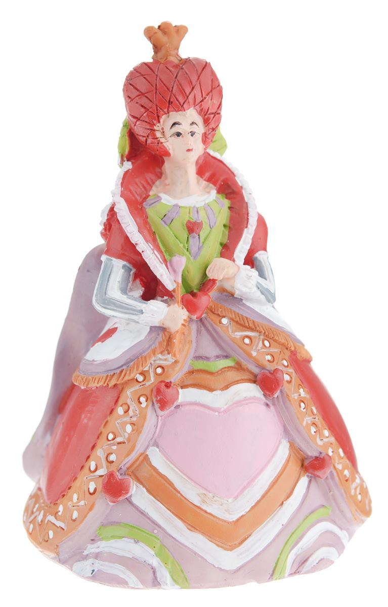 Новогоднее декоративное украшение Феникс-презент Злая королева карт34371Новогоднее украшение Феникс-презент Злая королева карт, изготовленное из высококачественногополирезина, прекрасно подойдет для праздничного декора дома иновогодней ели. Изделие можно повесить или просто поставить в любомпонравившемся вам месте.Елочная игрушка - символ Нового года. Она несет в себе волшебство и красоту праздника.Создайте в своем доме атмосферу веселья и радости, украшая новогоднюю елку наряднымиигрушками, которые будут из года в год накапливать теплоту воспоминаний.