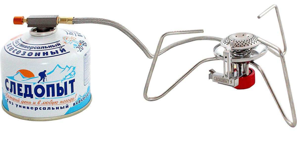 Горелка газовая Следопыт Паучок33235Газовая горелка Следопыт Паучок - недорогая, компактная и практичная газовая горелка с пьезоэлектрическим розжигом, оборудована системой защиты пламени от задувания порывами ветра. Основным преимуществом горелки является удлиненный газовый шланг длиной 50 см, что положительно сказывается на потребительских свойствах и повышает уровень безопасности для пользователя. Благодаря длинному шлангу вы сможете вынести газовый баллон за пределы рабочей области горелки или за пределы ветрозащитного экрана и не беспокоиться о том, что баллон может перегреться. А при эксплуатации в холодное время года вы можете разместить газовый баллон в спальном мешке или внутри палатки, либо установить баллон на крышку кастрюли, таким образом, обеспечивая подогрев газовой смеси. Для транспортировки и хранения в комплекте с прибором поставляется тканевый чехол, который защищает горелку от повреждений и загрязнения. Для питания используются газовые смеси в баллонах PF-FG-230 (230 г) и PF-FG-450 (450 г) с резьбовым клапаном, а также баллоны PF-FG-220 (220 г) с клапаном нажимного типа и с цанговым патроном используя переходники PF-GSA-01 или PF-GSA-03. Все аксессуары для горелки приобретаются отдельно. Горелка рекомендуется для использования в небольших группах путешественников (до 5-ти человек) и является одним их лучших вариантов для туристов, путешествующих пешком или на автомобиле, для использования на рыбалке, на охоте, в условиях походов и продолжительных экспедиций. Характеристики: Мощность горелки: 3,2 кВт. Расход топлива: 140 г/ч. Диаметр горелки: 50 мм. Вес горелки: 260 г. Размер в разложенном виде: 220 мм х 75 мм. Размеры в походном положении: 70 мм х 70 мм х 150 мм. Максимальный диаметр используемой посуды: 200 мм. Максимальная вертикальная нагрузка: 5 кг (5 л воды).