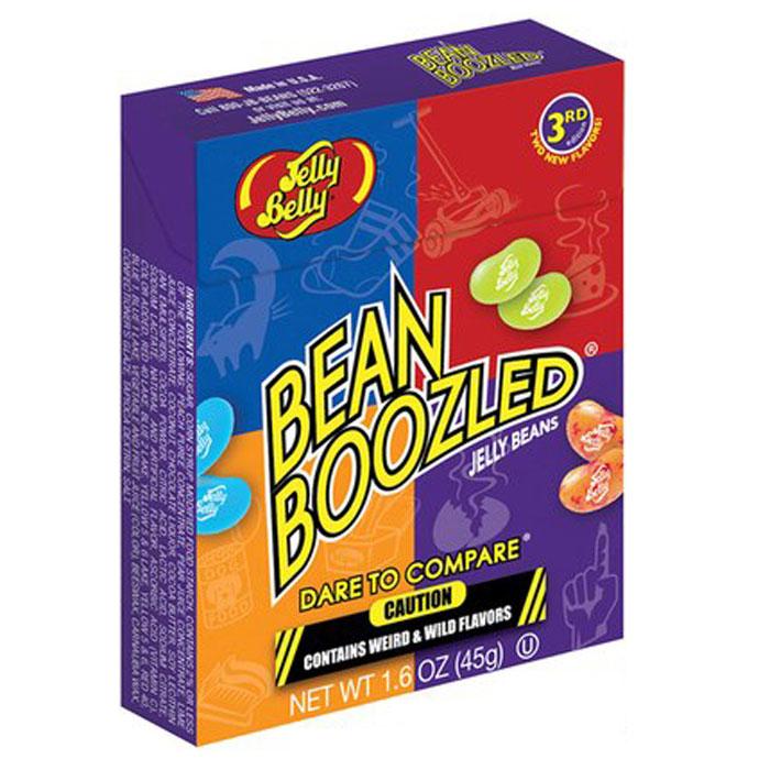 Jelly Belly Bean Boozled драже жевательное, 45 гУТ-00000353Конфеты Jelly Belly в последнее время стали очень популярны, за свой удивительный вкус, который передаётся на 100% правдоподобно. Так что эти конфеты действительно ну очень вкусные. Попробовав одну конфетку, будет сложно остановится!Набор содержит конфетки со странными вкусами: собачьего корма, вонючих носков, скошенной травы, детских подгузников, тухлого яйца, зубной пасты, рвоты и соплей. Такое драже станет превосходным подарком-розыгрышем для ваших друзей.