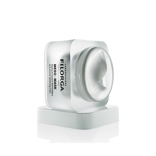 Filorga Разглаживающая маска Meso-Mask 50 мл10023300030NCTF повышает клеточную активность (+117%) и стимулирует синтез коллагена (+256%). Гиалуроновая кислота возвращает комфорт и сияние благодаря оптимальному увлажняющему действию. Полисахарид рамнозы успокаивает раздражение, мгновенно и надолго выравнивает тон кожи. Коллаген и эластин активно борются со старением. Нежная текстура обеспечивает неповторимый момент расслабления. Кожа обретает мягкость, излучает здоровье и свежесть.Кожа обретает мягкость, излучает здоровье и свежесть