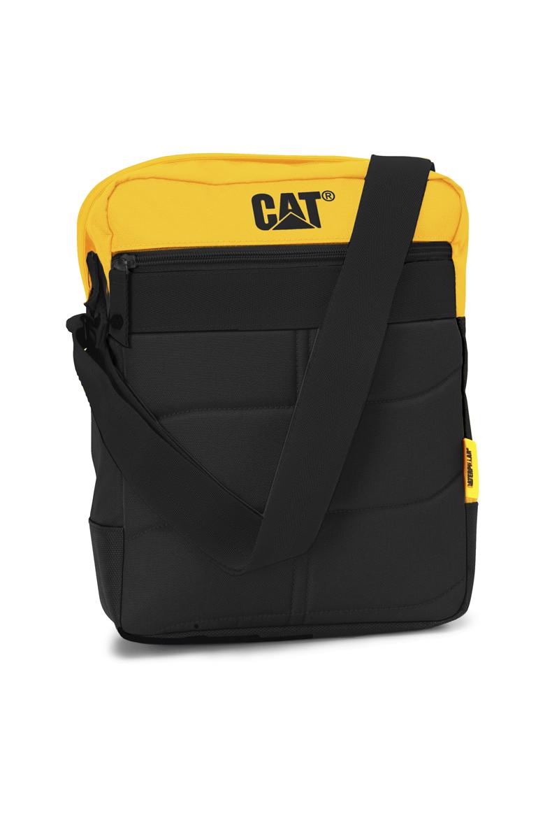 Сумка-планшет Caterpillar Ryan, цвет: черный, желтый, 7 л6166344505Стильная сумка-планшет Caterpillar Ryan выполнена из полиэстера. Изделие имеет одно основное отделение, закрывающееся на застежку-молнию. Внутри имеется мягкий карман для планшета, который закрывается на хлястик с липучкой. Снаружи, на передней и задней стенках находятся прорезные карманы на застежках-молниях. Сумка оснащена регулируемым текстильным плечевым ремнем. Стильная сумка-планшет Caterpillar Ryan эффектно дополнит ваш образ и станет незаменимой в повседневной жизни.
