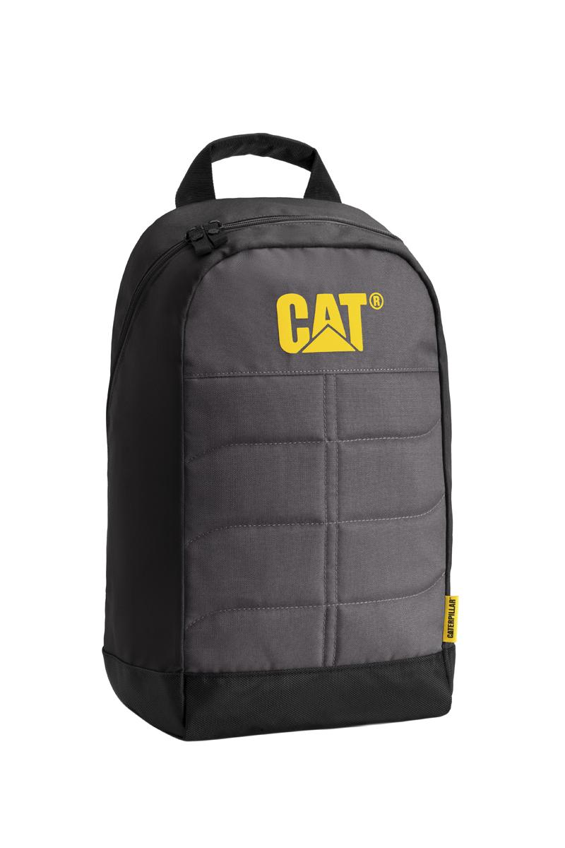 Рюкзак Caterpillar Benji, цвет: черный, серый, 18 лKZ24483404Стильный рюкзак Caterpillar Benji изготовлен из полиэстера. Рюкзак имеет одно основное отделение, которое закрывается на застежку-молнию с двумя бегунками. Внутри находится прорезной карман на застежке-молнии, три открытых накладных кармашка, два держателя для авторучек и текстильный ремешок с карабином для ключей. Снаружи, сбоку расположен сетчатый карман на резинке для бутылки воды. Уплотненная спинка комфортна при переноске изделия. Рюкзак оснащен удобными широкими лямками с мягкой подкладкой, которые регулируются по длине, и текстильной ручкой. Стильный рюкзак Caterpillar Benji эффектно дополнит ваш яркий образ и станет незаменимым в повседневной жизни.