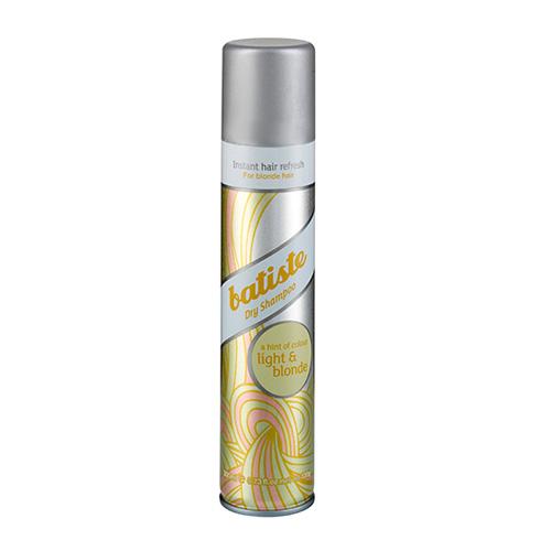 Batiste LIGHT Сухой шампунь Hint of colour 200 млFS-00103Batiste LIGHT сухой шампунь, который был разработан для обладательниц светлых или окрашенных в оттенки блонд волос. Его также, как и Batiste Original удобно использовать в дни между основным мытьем головы, помимо этого шампунь содержит небольшое количество желтого пигмента, который способен подстроиться под оттенок волос и замаскировать неокрашенные корни.Сухой шампунь быстро и эффективно очищает и освежает волосы.