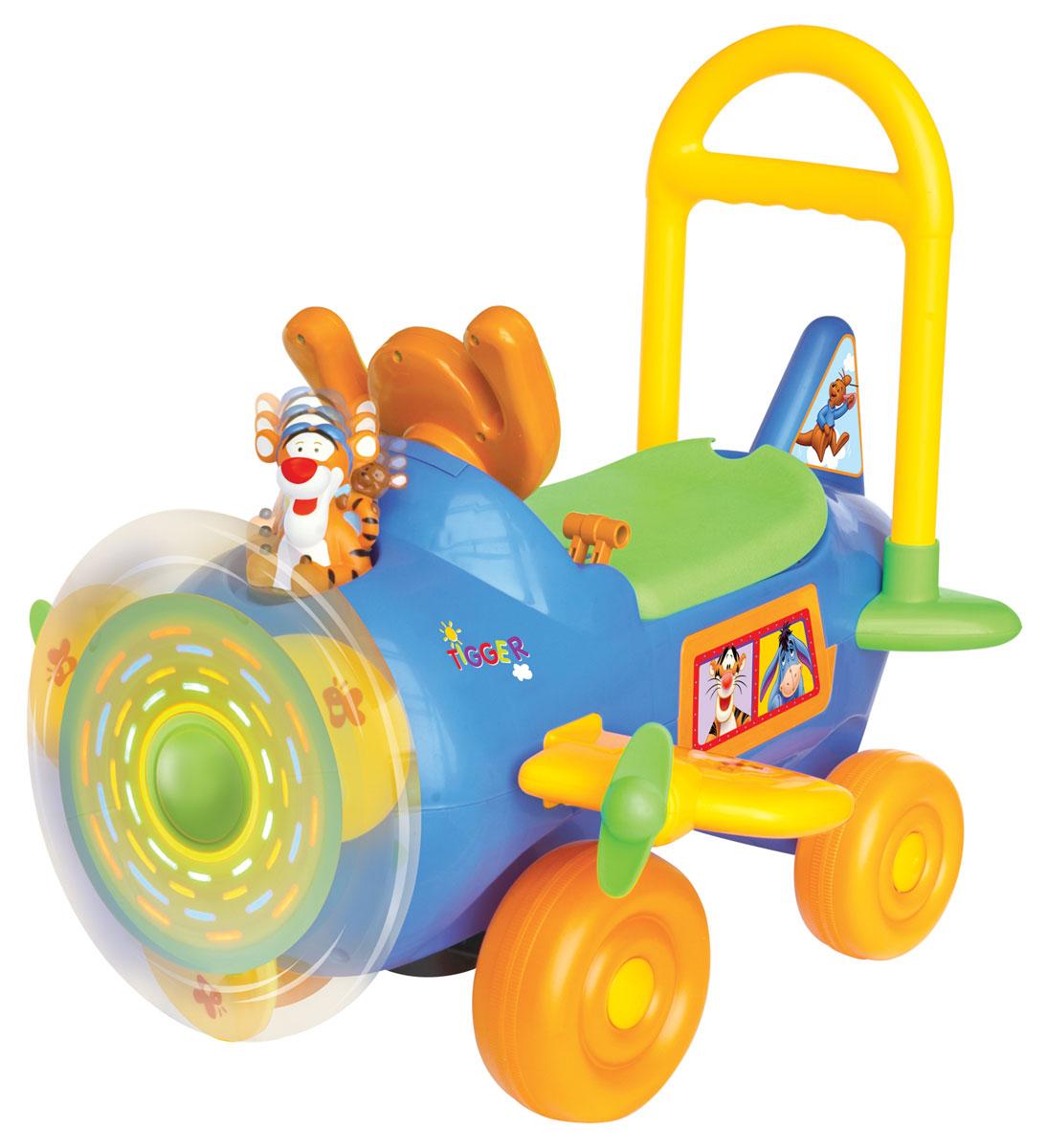 Тигруля подпрыгивает под музыку вместе с крошкой Ру! Послушайте, как Тигруля играет свою любимую музыку и другие приятные мелодии. Нажмите, чтобы услышать звук радио. Светящийся пропеллер. Настоящие звуки взлета и посадки. Поворачивайте ключ зажигания и переключайте передачи, чтобы услышать звук двигателя, который набирает обороты.