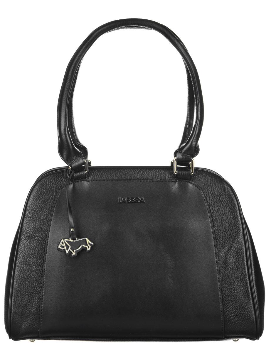 Сумка женская Labbra, цвет: черный. L-DF51054A-B86-05-CЭлегантная женская сумка Palio выполнена из натуральной кожи с зернистой фактурой. Изделие оформлено подвеской в форме собачки и клеймом с названием бренда. Сумка закрывается на застежку-молнию. Внутри размещен вшитый карман на молнии и два накладных кармана для телефона и мелочей. Снаружи, в задней стенке расположен врезной карман на молнии. Сумка оснащена практичными ручками, которые дополнены металлической фурнитурой. Такие ручки позволят носить изделие, как в руках, так и на плече. Дно сумки оснащено металлическими ножками для продления срока службы изделия.Стильная сумка Palio прекрасно дополнит ваш образ.