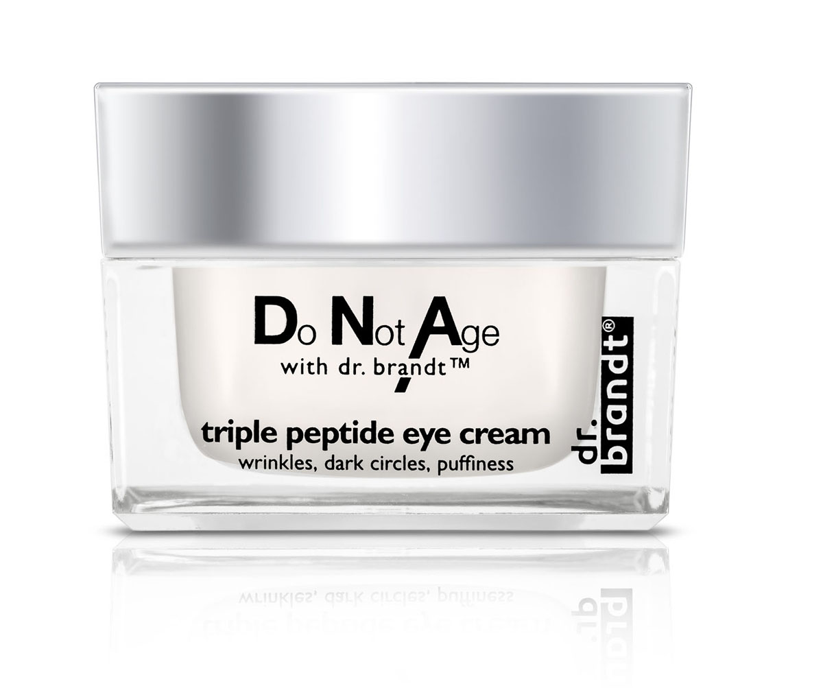 Dr. Brandt Интенсивно-омолаживающий крем для глаз с трипептидом от припухлости и темных кругов, 15 гB28625СИЛА МОЛОДОСТИ ДЛЯ ВАШИХ ГЛАЗ!Интенсивный антивозрастной крем для кожи вокруг глаз с мощным эксклюзивным комплексом с трипептидом обеспечивает сияющий и молодой вид Ваших глаз. Крем эффективно решает все задачи ухода за деликатной областью: укрепляет, увлажняет, разглаживает, подтягивает кожу, устраняет припухлости и темные круги под глазами.