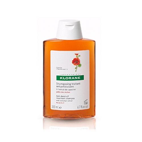Klorane Шампунь Dandruff с Настурцией от сухой перхоти, 200 млP0836200Оказывает оздоравливающее действие на кожу головы. Эффективно устрянает сухую перхоть. Мягкая моющая основа облегчает расчесывание, придает волосам объем Оздоравливает кожу головы, эффективно удаляет перхоть