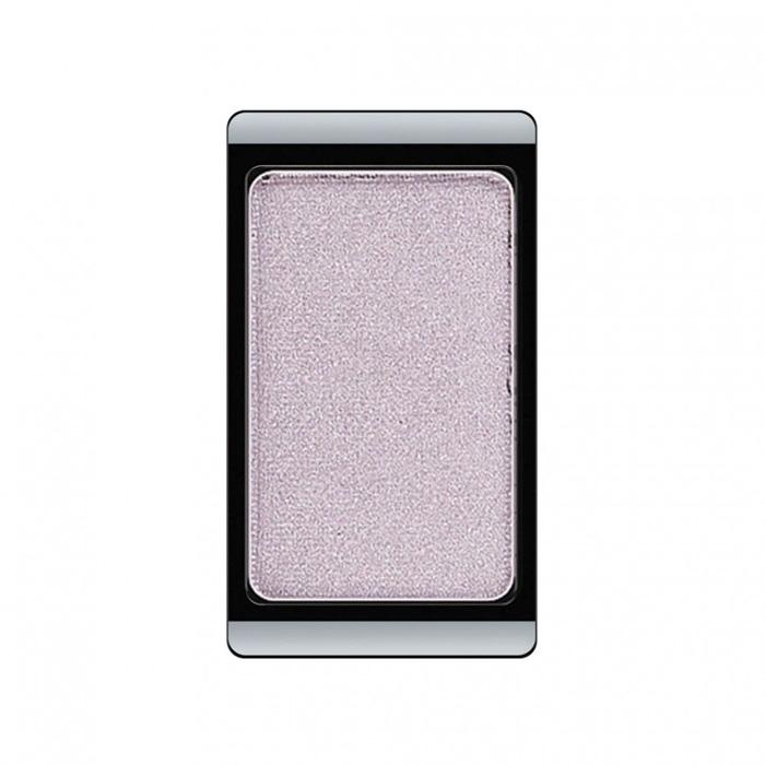 Artdeco Тени для век, перламутровые, 1 цвет, тон №98, 0,8 г28032022Перламутровые тени для век Artdeco придадут вашему взгляду выразительную глубину. Их отличает высокая стойкость и невероятно легкое нанесение. Это профессиональный продукт для несравненного результата! Упаковка на магнитах позволяет комбинировать тени по вашему выбору в элегантные коробочки. Тени Artdeco дарят возможность почувствовать себя своим собственным художником по макияжу!Характеристики:Вес: 0,8 г. Тон: №98. Производитель: Германия. Артикул: 30.98. Товар сертифицирован.