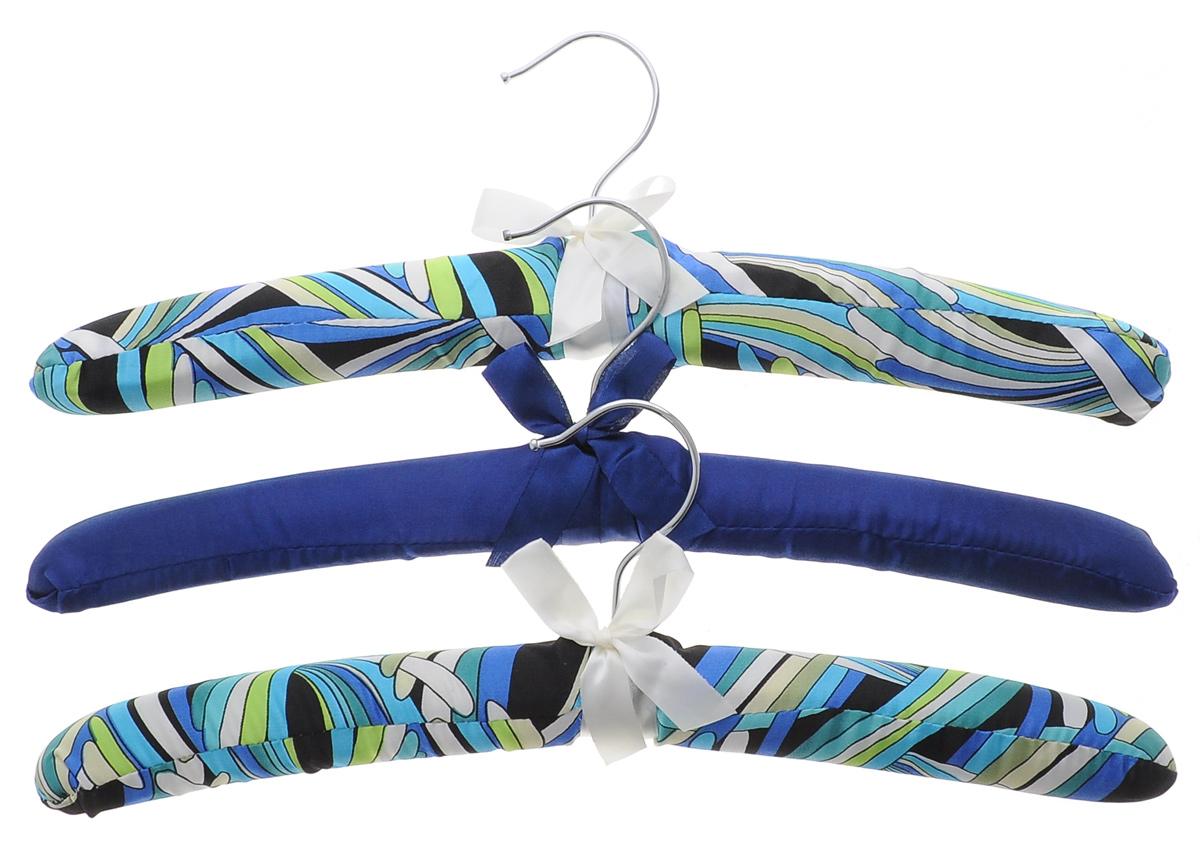 Набор вешалок для одежды El Casa, 3 шт. 150005150005Набор El Casa, изготовленный из дерева, поролона и сатина, состоит из трех вешалок. Он идеально подойдет для деликатной одежды из шерсти и нежных тканей. Набор El Casa станет практичным и полезным в вашем гардеробе. С ним ваша одежда избежит ненужных растяжек и провисаний. Комплектация: 3 шт.Размер вешалки (ВхДхШ): 11 см х 38 см х 3,5 см.