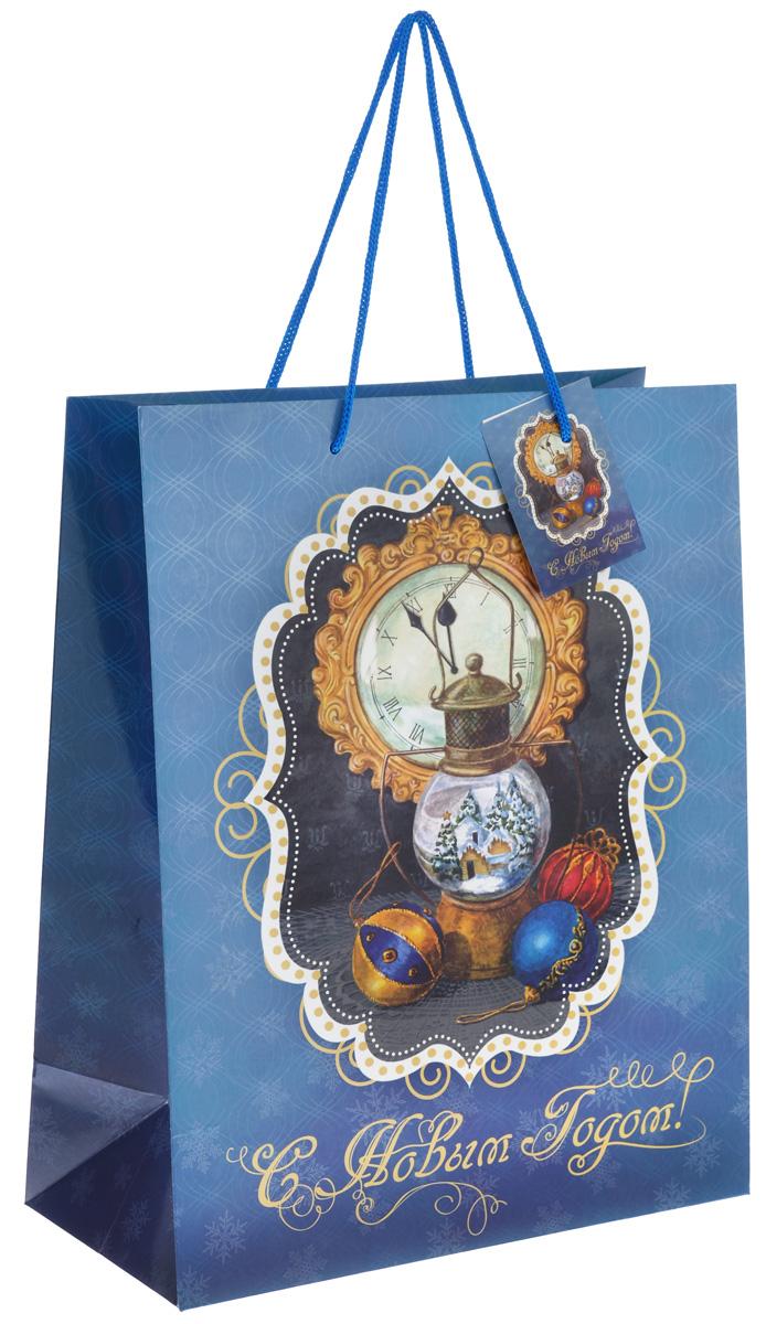Пакет подарочный Феникс-презент Новогодняя лампа, 26 см х 32,4 см х 12,7 см7706824_209Подарочный пакет Феникс-презент Новогодняя лампа, изготовленный из плотной бумаги, станет незаменимым дополнением к выбранному подарку. Дно изделия укреплено картоном, который позволяет сохранить форму пакета и исключает возможность деформации дна под тяжестью подарка. Для удобной переноски на пакете имеются две ручки из шнурков.Подарок, преподнесенный в оригинальной упаковке, всегда будет самым эффектным и запоминающимся. Окружите близких людей вниманием и заботой, вручив презент в нарядном, праздничном оформлении.