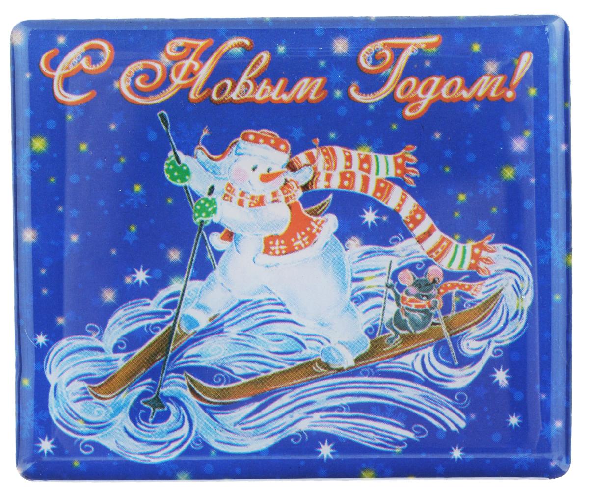 Магнит Феникс-презент Снеговик на лыжах, 6 x 5 см17242Магнит прямоугольной формы Феникс-презент Снеговик на лыжах, выполненный из агломерированного феррита, станет приятным штрихом в повседневной жизни. Оригинальный магнит, декорированный изображением забавного снеговика, поможет вам украсить не только холодильник, но и любую другую магнитную поверхность. Материал: агломерированный феррит.