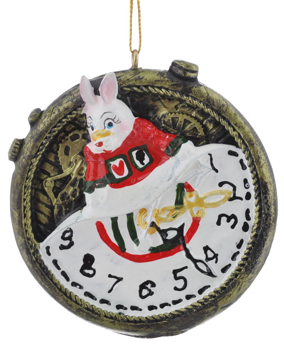 Новогоднее подвесное украшение Феникс-Презент Magic Time, диаметр 7 смN181233Новогоднее подвесное украшение Феникс-Презент Magic Time отлично подойдет для декора праздничной ели. Изделие выполнено из полирезина. Украшение оснащено петелькой для подвешивания. Елочная игрушка - символ Нового года. Она несет в себе волшебство и красоту праздника. Создайте в своем доме атмосферу веселья и радости, украшая новогоднюю елку нарядными игрушками, которые будут из года в год накапливать теплоту воспоминаний.