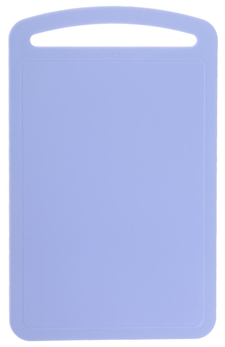 Доска разделочная Idea, цвет: голубой, 31,5 х 19,5 смМ 1573_голубойРазделочная доска М-пластика Idea, выполненная из высокопрочного пищевого полипропилена (пластика), станет незаменимым атрибутом приготовления пищи. Доска устойчива к повреждениям и не впитывает запахи, идеально подходит для разделки мяса, рыбы, приготовления теста и для нарезки любых продуктов. Изделие снабжено ручкой и желобками по краю для стока жидкости.
