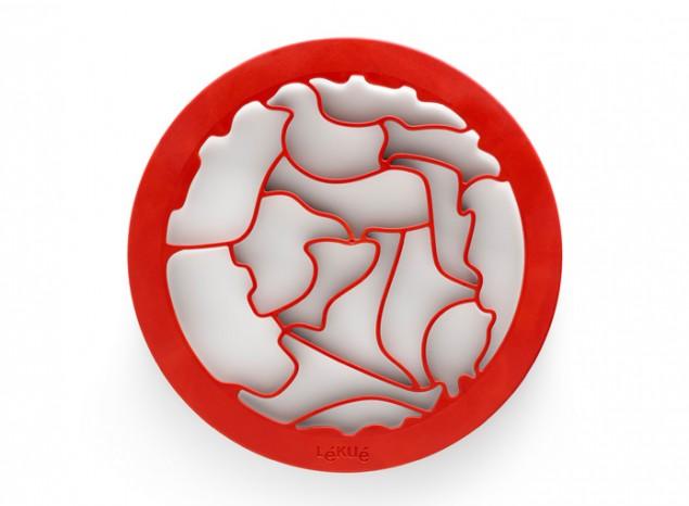 НаборПазл животныедля выпечки печенья 0200150R01M017FS-91909Набор включает 2 игры: Дети могут вырезать тесто и разместить животных в среде их обитания. Экономия теста: не тратится много теста, так как нет пробелов между фигурками.