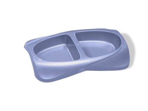 Миска для животных VanNess, двойная, цвет: голубой, 2 х 470 мл101246Двойная миска VanNess - это функциональный аксессуар для собак, кошек и грызунов. Изделие выполнено из высококачественного цветного пластика. В миску можно положить два разных блюда - в каждое отделение. Миска легко моется. Ваш любимец будет доволен! Объем одной емкости: 470 мл.