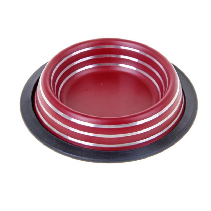 Миска для животных VM, цвет: бордовый, черный, 1,9 л0120710Миска для животных VM, изготовленная из высококачественного металла, имеет оригинальный матовый дизайн. Дно миски оснащено резиновой вставкой, которая предотвратит скольжение и повреждение пола, а также обеспечит комфортный прием пищи вашего питомца. Объем: 1,9 л.