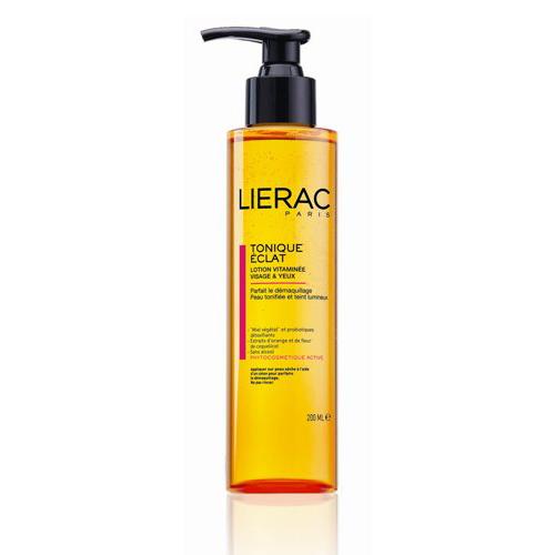 Lierac ЛОСЬОН ТОНИЗИРУЮЩИЙ для лица и контура глаз 200 мл72523WDТонизирует кожу, придаёт ей сияние. Содержит натуральный защитный комплекс ECOSKIN (цветочный мёд, пробиотики-детоксикаторы), экстракт красного апельсина (придает энергию, выводит токсины), экстракт цветков мака (увлажняет и препятствует появлению морщин), комплекс гидроксикислот (придают сияние коже и витамин В5 (способствует росту ресниц)