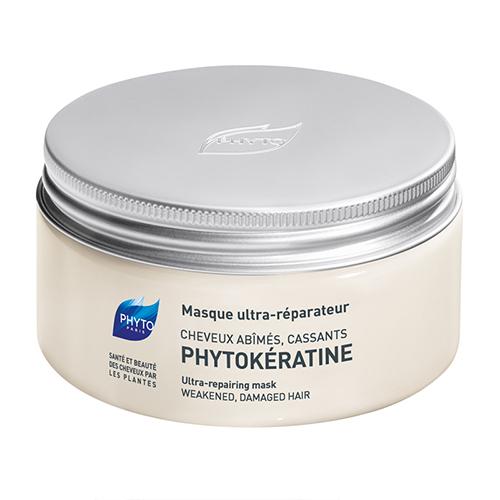 Phytosolba Маска Phytokeratine интенсивного восстановления 200 млFS-00897Впечатленные результатами исследований, доказавших огромное влияние кератиновых волокон на жизнеспособность волос, специалисты Лаборатории Phyto разработали формулу растительного кератина, способного заменить кератин естественный. Программа ухода за волосами Фитокератинактивно расширяется, включая новейшие продукты, одним из которых стала содержащая растительный кератин маска для волос идеальное средство ухода за сильно поврежденными волосами.Фито Фитокератин Маска Интенсивное восстановление - Средство интенсивного ухода для поврежденных волос с нарушением структуры. Мгновенный эффект.Поврежденные волосы наконец получили оптимальное средство интенсивного и быстрого восстановления. Состоящая на 95% из натуральных компонентов растительного происхождения, маска Фитокератин, моментально и на длительный период восстанавливает структуру, возвращает жизненную силу и блеск поврежденным волосам.