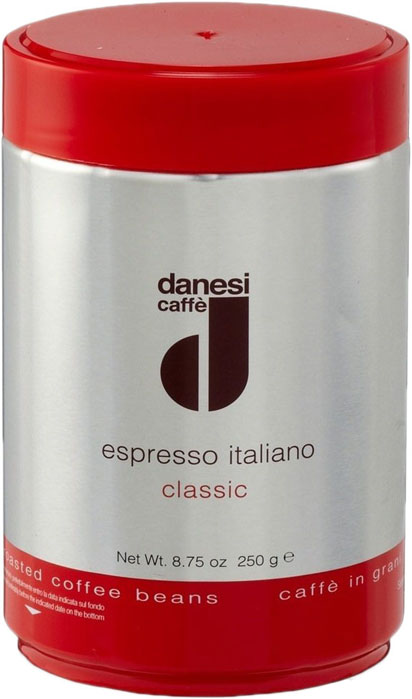 Danesi Classic кофе в зернах, 250 гCDNSP0-P00047Смесь из зерен арабики (90%) с небольшой (10%) примесью высококачественной африканской робусты для придания кофе дополнительной крепости и интенсивности вкуса. Эта смесь особенно подходит для приготовления крепкого кофе и насыщенного капучино.Danesi Classic — это классический сорт итальянского эспрессо.Страна: Кения, Эфиопия, Колумбия. Кофе Danesi - это элитный итальянский эспрессо, появившийся более ста лет назад. История кофе Danesi началась в Риме в 1905 году, когда итальянец Альфредо Данези открыл свой первый магазин и уютную кофейню «Nencini e Danesi». Альфредо сам составлял эксклюзивные кофейные смеси и варил эспрессо для своих гостей. За годы своего существования этот кофе завоевал огромную популярность не только в Италии, но и далеко за ее пределами, более чем в 60 странах мира. Философия компании очень проста - «Ежедневно прилагать массу усилий для достижения и сохранения высокого уровня удовлетворённости клиентов». А воплощается это утверждение путем достижения идеального баланса основных характеристик кофейных смесей Danesi - вкуса, аромата и тела. Кофе Danesi всегда остается верен итальянским кофейным традициям. Секрет его популярности кроется в использовании самого отборного сырья, стабильном качестве, деликатной обжарке кофейных зерен. Сейчас компания Danesi обладает сертификатом качества UNI 9001 Vision 2000, подтверждающим соответствие как самого кофе, так и упаковки европейским стандартам качества.В ассортиментной линейке бренда Danesi присутствуют смеси из 100% арабики высших сортов, купажи арабики и робусты, а также смесь для горячего шоколада и стильная фирменная посуда.