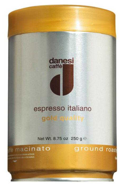 Danesi Gold кофе молотый, 250 г8057288870025Смесь зерен 100% арабики из Бразилии и Центральной Америки. Мягкий вкус кофе дополняют зерна из Кении, придающие этому сорту неповторимый насыщенный аромат и долгое послевкусие.Данези Голд — это самая популярная кофейная смесь Данези, менее сложная в приготовлении, чем Данези Доппио. Страна: Кения, Бразилия, Колумбия. Кофе Danesi – это элитный итальянский эспрессо, появившийся более ста лет назад. История кофе Danesi началась в Риме в 1905 году, когда итальянец Альфредо Данези открыл свой первый магазин и уютную кофейню «Nencini e Danesi». Альфредо сам составлял эксклюзивные кофейные смеси и варил эспрессо для своих гостей. За годы своего существования этот кофе завоевал огромную популярность не только в Италии, но и далеко за ее пределами, более чем в 60 странах мира.Философия компании очень проста – «Ежедневно прилагать массу усилий для достижения и сохранения высокого уровня удовлетворённости клиентов». А воплощается это утверждение путем достижения идеального баланса основных характеристик кофейных смесей Danesi – вкуса, аромата и тела. Кофе Danesi всегда остается верен итальянским кофейным традициям. Секрет его популярности кроется в использовании самого отборного сырья, стабильном качестве, деликатной обжарке кофейных зерен. Сейчас компания Danesi обладает сертификатом качества UNI 9001 Vision 2000, подтверждающим соответствие как самого кофе, так и упаковки европейским стандартам качества.В ассортиментной линейке бренда Danesi присутствуют смеси из 100% арабики высших сортов, купажи арабики и робусты, а также смесь для горячего шоколада и стильная фирменная посуда.