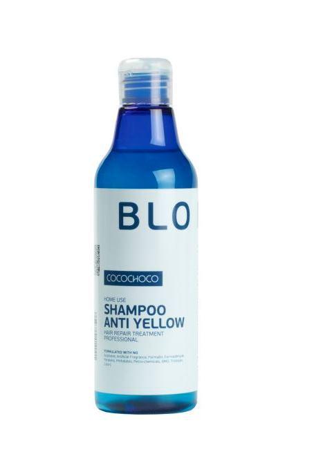 CocoChoco BLOND Шампунь для осветленных волос 250 млFS-00897Шампунь Blonde Shampoo Anti Yellow предназначен для ухода за блондированными волосами, а также применяется после процедуры кератинового восстановления волос, помогая максимально сохранить результат на длительный период времени. Шампунь мягко ухаживает за ослабленными после обесцвечивания волосами, обеспечивает бережное очищение и глубокое питание, восстанавливает структуру и обеспечивает нейтрализацию жёлтых пигментов, что помогает поддерживать холодные оттенки блонд. Волосы становятся более крепкими, здоровыми и ухоженными. Шампунь не содержит красителей, нейтрализация происходит за счет светоотражающих компонентов, поэтому он подходит для ежедневного использования.